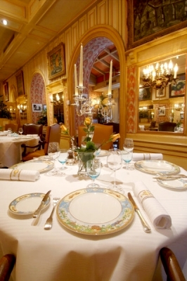 Paul Bocuse Auberge du pont de Collonges